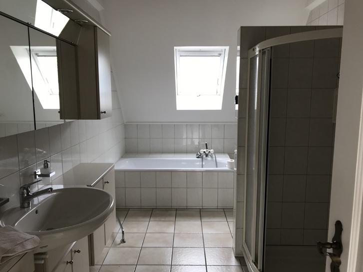 Schöne Duplex Dachwohnung 4