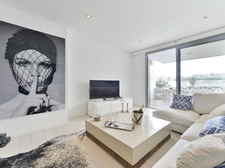 2-Zimmer-Wohnung mit großzügiger Terrasse! 8004 Zürich