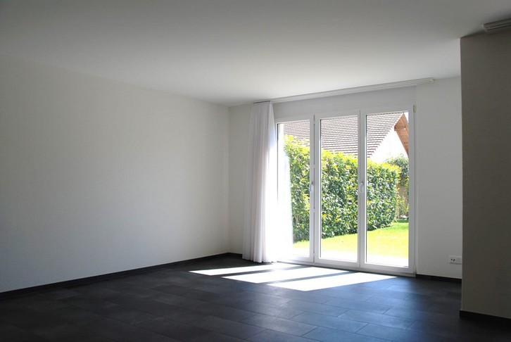 3.5 Zimmer Parterre Wohnung 3