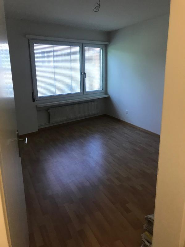 Sonnige, ruhige 2 Zimmerwohnung in Zürich 3