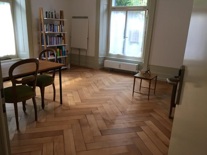 Büro/ Praxisraum zu vermieten 2