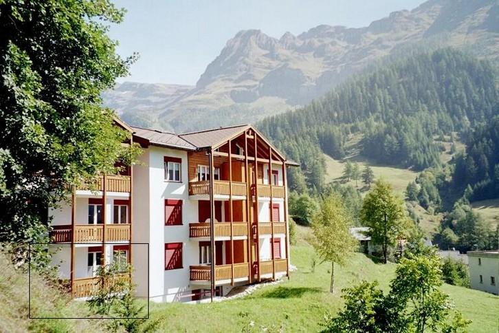 ALLMEI, sehr gepflegte, schöne 2.5-Zimmerwohnung mit grossem Südbalkon und super Aussicht 3954 Leukerbad