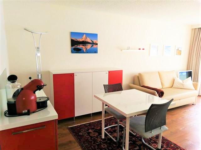 Lärchenwald: Renovierte, helle 1.5- Zimmerwohnung mit grosser Terrasse wunderschöner Blick auf Leukerbad und die Alpen 3