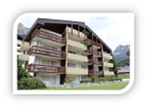 Appartementhaus Pfeiren: Helle, grosse 1.5-Zimmerwohnung mit Südbalkon und kleiner Terrasse  3954 Leukerbad