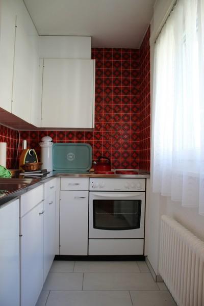 Appartementhaus Pfeiren: Helle, grosse 1.5-Zimmerwohnung mit Südbalkon und kleiner Terrasse  2