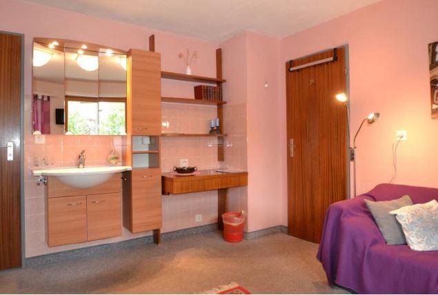Appartementhaus DIANA - Komfortables Zimmer im Haus Diana 2