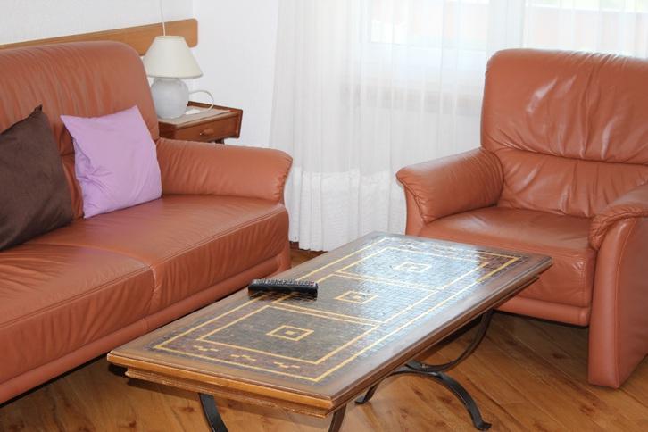 Appartementhaus BARONESSE Helle gemütliche 2.5 (3.5)-Zimmerwohnung mit sehr schöner Aussicht und zusätzlichem Zimmer 3954 Leukerbad
