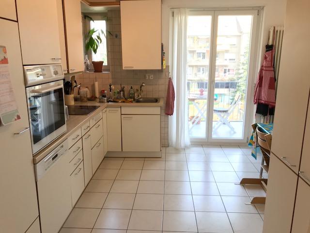 Schöne und helle 4.5 Zimmerwohnung im Gundeldingen  4