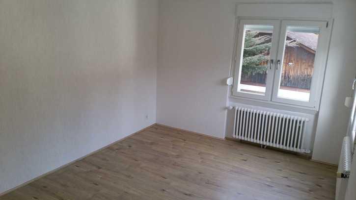 3.5 Zimmerwohnung an sonniger und ruhiger Lage 4