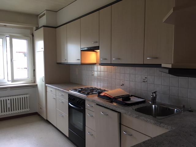 helle, gemütliche 3.5 Zimmerwohnung in Basel, Garagenbox vorhanden 3
