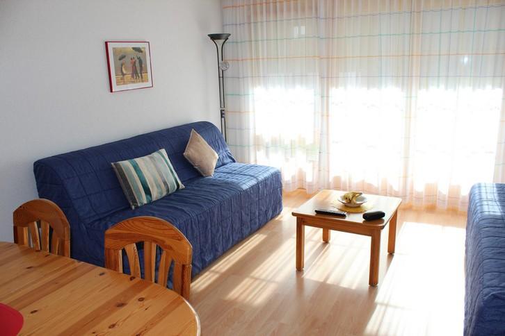 Residenz LES NATURELLES: 3.5-Zimmerwohnung von hoher Qualität schöner Terrassenplatz im Grünen 2