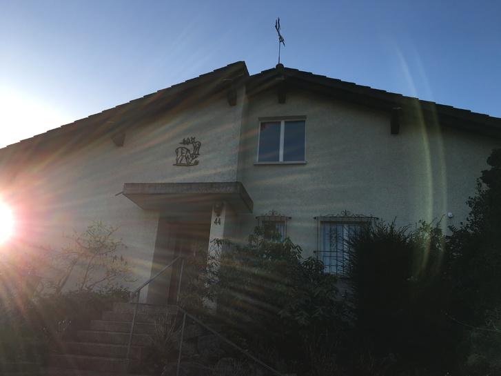 5 Zimmer Einfamilienhaus mit grossem Garten 8953 Dietikon