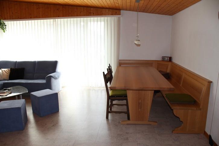 Appartementhaus  MIREILLE: 3.5-Zimmer-Attikawohnung mit Wohn-Estrich grosser Balkon süd mit wunderschöner Aussicht 2