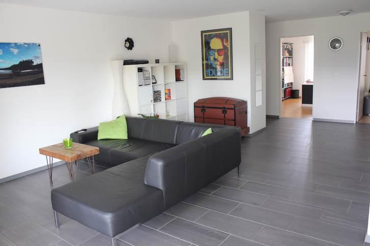 Geräumige, helle 3 1/2 Zimmer-Wohnung mit unverbautem Blick ins Grüne und grossem, verglastem Balkon 4600 Olten