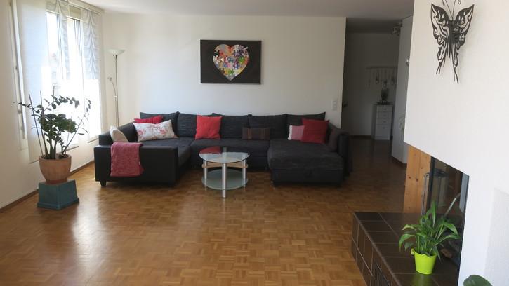 Ihr neues Zuhause! grosszügige Wohnung an sonniger Lage 2
