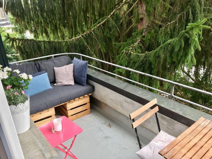 Schöne, moderne 4,5 Zimmer Wohnung im Herzen von Uetikon  4