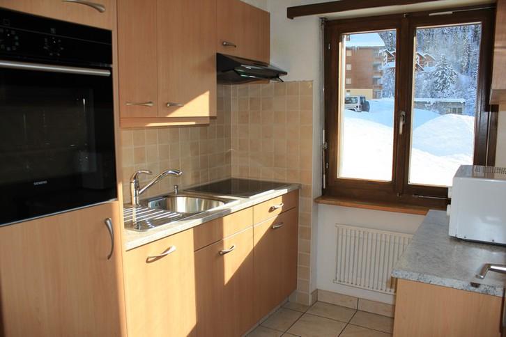 VALERE Grosse 2.5 Zimmerwohnung mit Süd-Ostbalkon 4