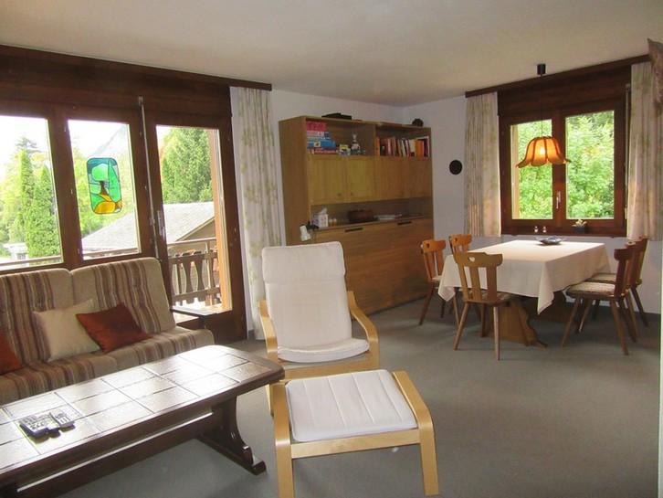 INDEN - Appartementhaus Gemmi - Gepflegte 3.5 Zimmer-Eckwohnung mit grossem Süd-Balkon 3953 Inden