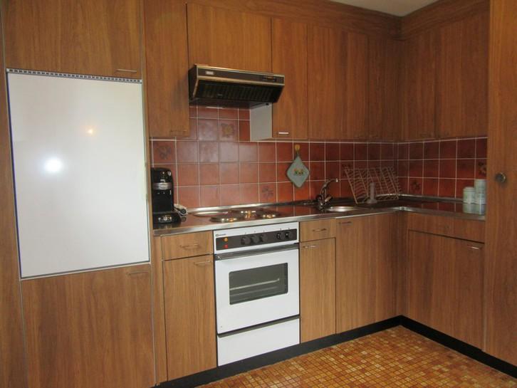 INDEN - Appartementhaus Gemmi - Gepflegte 3.5 Zimmer-Eckwohnung mit grossem Süd-Balkon 2