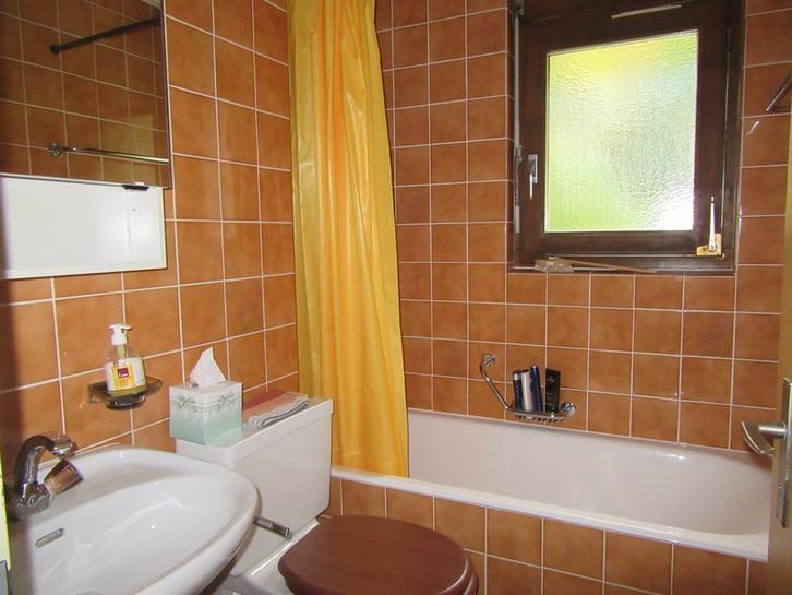 INDEN - Appartementhaus Gemmi - Gepflegte 3.5 Zimmer-Eckwohnung mit grossem Süd-Balkon 3