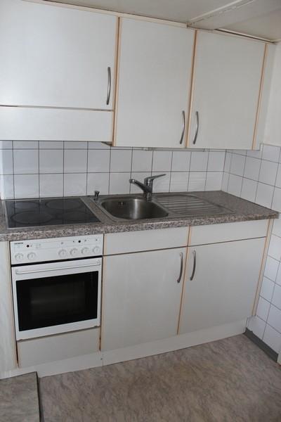 IM HOF, 3.5-Zimmer-Dachwohnung, Estrich ausbaubar, Liebhaberobjekt im Zentrum 3