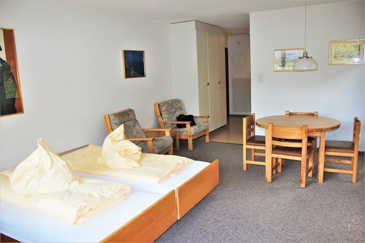 Leuca: Helle 1.5 Zimmer-Eckwohnung in zentraler, ruhiger Lage mit Südbalkon 3