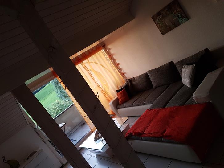 Grosszügige 2.5 Zimmer Dach-Wohnung  3