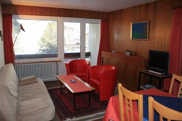 Appartementhaus FORTUNA, helle 2.5-Zimmerwohnung mit Balkon 3954 Leukerbad