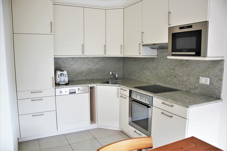 Residenz Edelweiss - Exklusive 2.5-Zimmerwohnung mit grossem Balkon Südwest 2