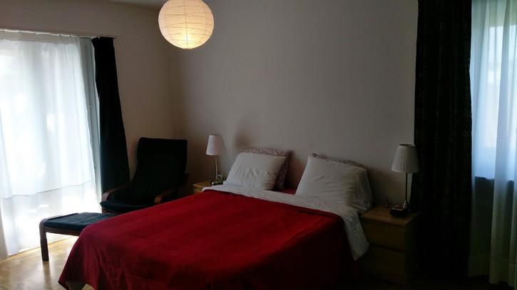 Günstig, zentral und helle Wohnung!!! 4