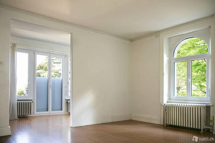 3 1/2 Zimmer Wohnung in Aarau mit grosser Terrasse und Weitsicht 2