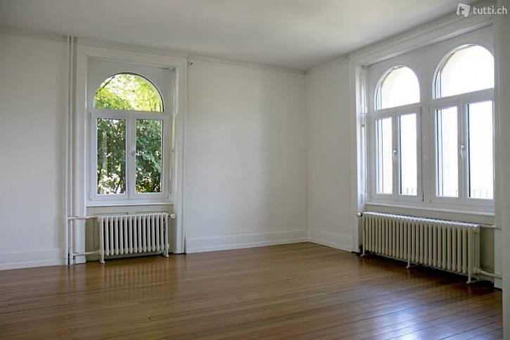 3 1/2 Zimmer Wohnung in Aarau mit grosser Terrasse und Weitsicht 3
