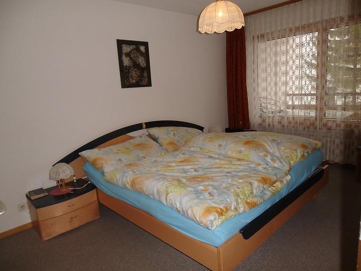 GSTEIN renovierte 2.5-Zimmerwohnung mit Balkon Süd-Ost 3