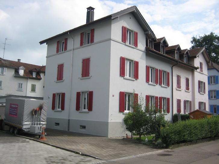 Schöne 2 1/2 Zimmer-Dachwohnung in 3-Familienhaus  9320 Arbon