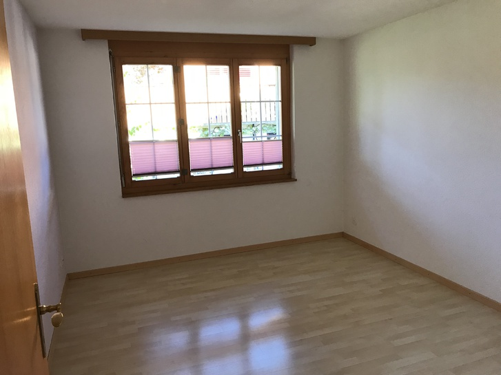 2 Zimmer Wohnung Sachseln 4