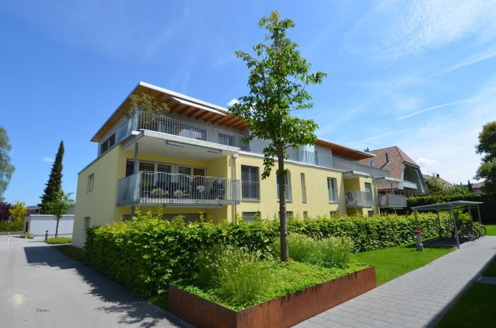 Neuwertige 4,5 Zimmer Wohnung an schöner Lage 3422 Kirchberg