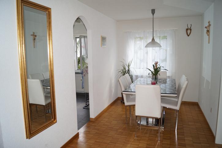 4.5 Zimmerwohnung in Oberentfelden 5036 Oberentfelden
