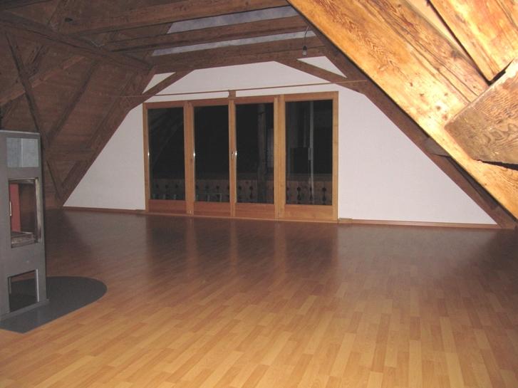 Charmante Wohnung im Dachgeschoss Bauernhaus mit Panoramablick 2