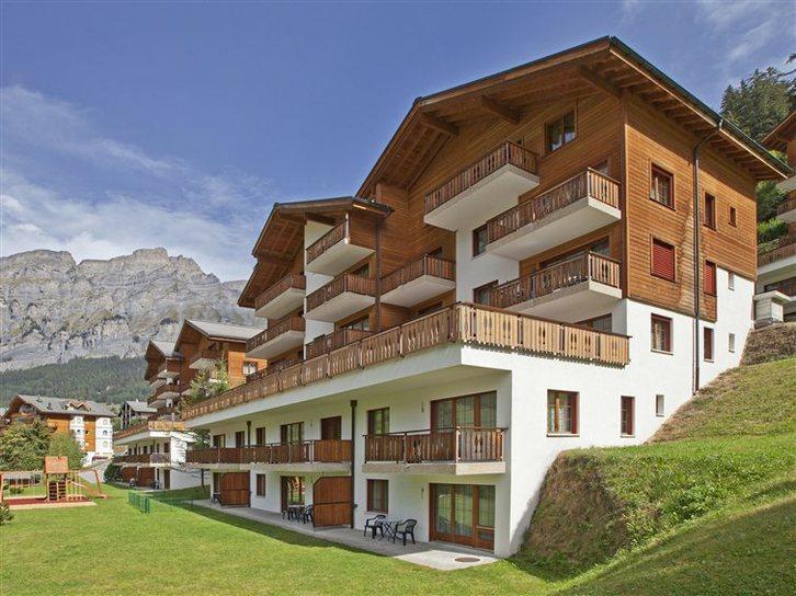 Residenz LES NATURELLES: helle, möbilierte 2.5 Zimmer-Eckwohnung mit Balkon Süd 3954 Leukerbad