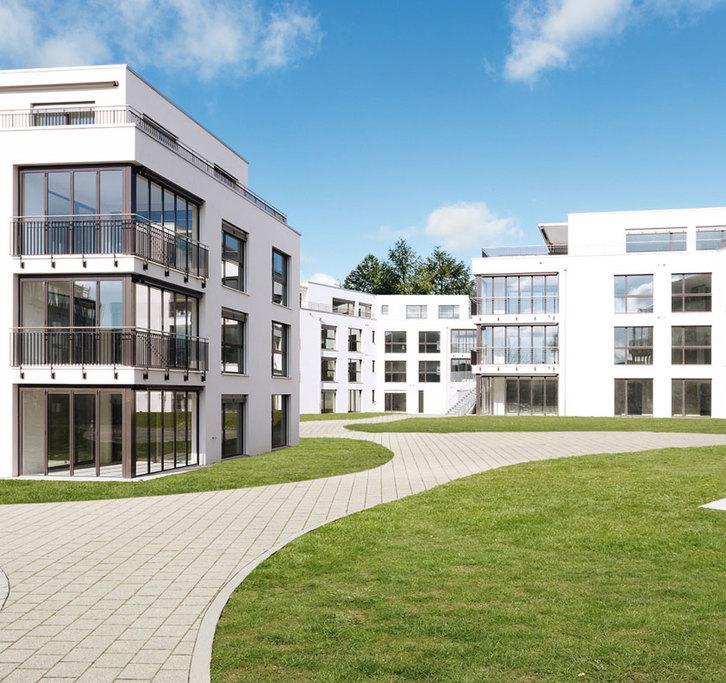 Luxuriöse 3.5 Zimmer Wohnung  5443 Niederrohrdorf