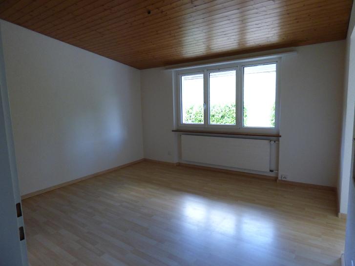 gemütliche 2 Zimmer Wohnung auf Bauerhof 3
