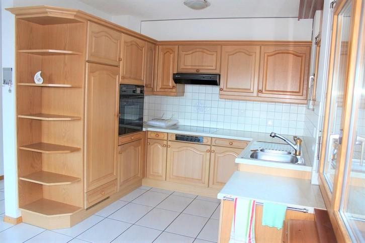 Appartementhaus NEPTUN: helle, unmöblierte 3.5 Zimmerwohnung mit wunderschönem Ausblick 2