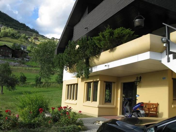 VILLA GUTTET 9 Zimmer in bester sonniger Lage mit Panoramablick 3956 Guttet