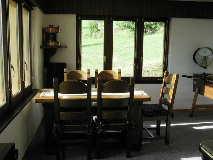 VILLA GUTTET 9 Zimmer in bester sonniger Lage mit Panoramablick 2