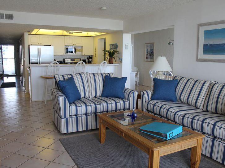 Apartment entièrement rénové de 85 m2 environ, 2ème étage 1201 Genève