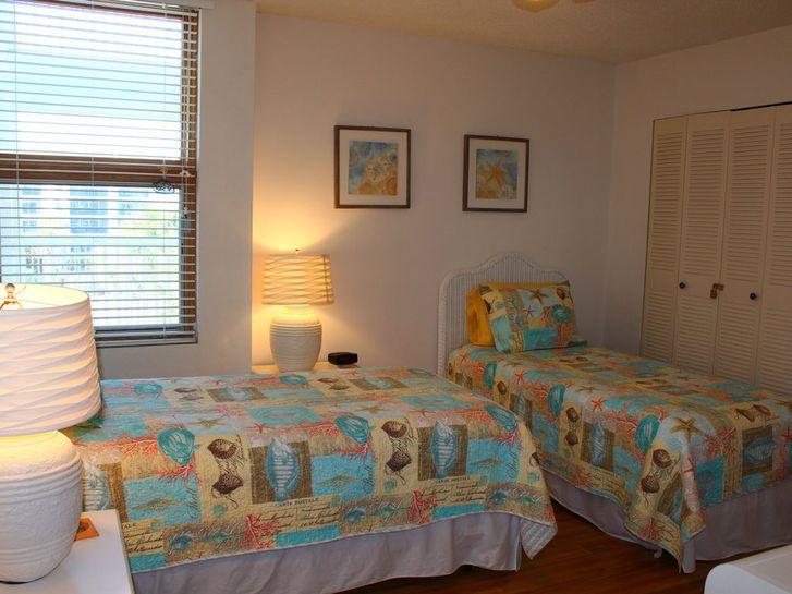 Apartment entièrement rénové de 85 m2 environ, 2ème étage 2