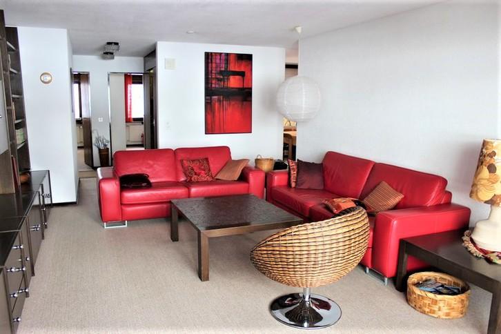 Appartementhaus LÄRCHENWALD, helle 4.5-Zimmerwohnung mit Balkon und super Aussicht in bester Lage 3