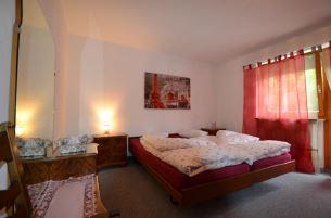 Appartementhaus DIANA helle gemütliche 2.5-Zimmerwohnung mit schöner Aussicht 4