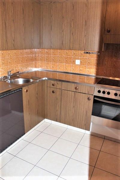 Appartementhaus CLABINA, grosse 3.5-Zimmerwohnung mit Südbalkon und wunderschöner Aussicht 2