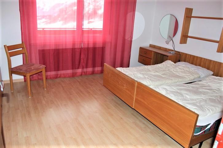 Appartementhaus CLABINA, grosse 3.5-Zimmerwohnung mit Südbalkon und wunderschöner Aussicht 4